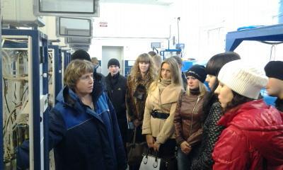 Экскурсия студентов групп 17381 и 17382 на НФС.