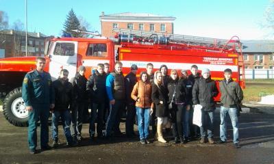 Студенты кафедры БЖДЭиФВ на экскурсии в городской пожарно-спасат