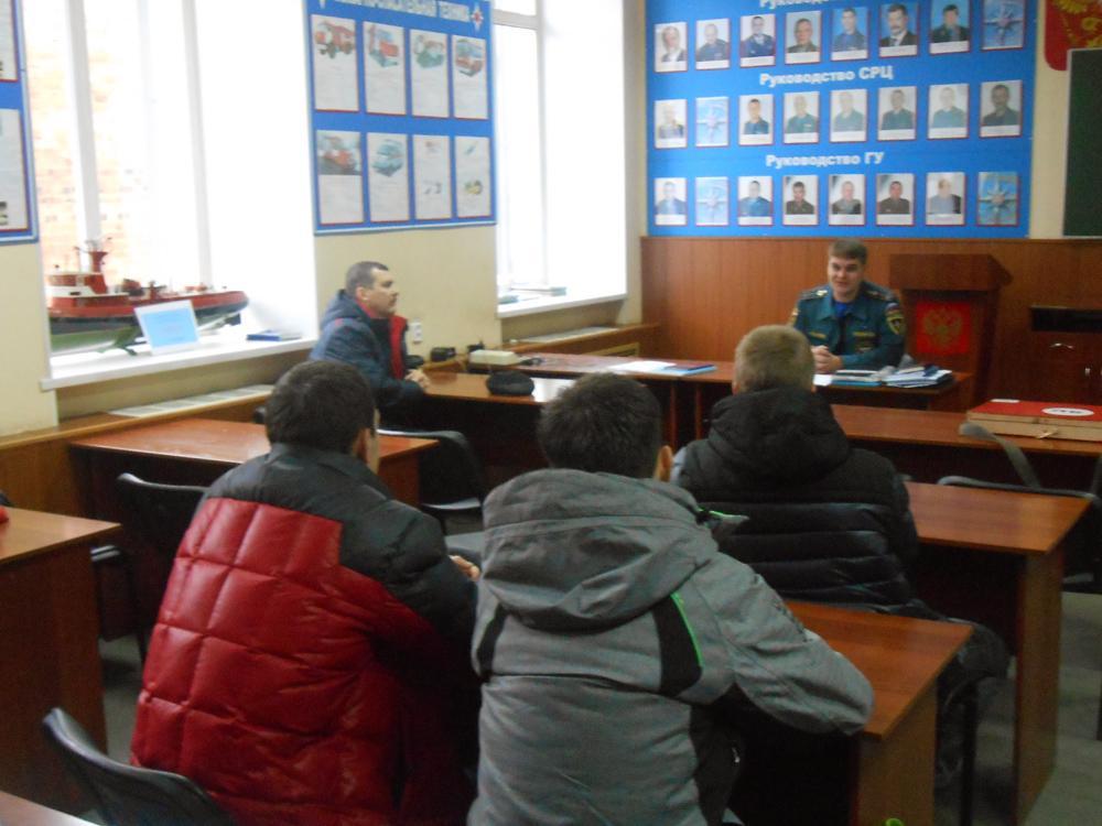 Экскурсия студентов кафедры БЖДЭиФВ в пожарную часть №1 г. Юрга.