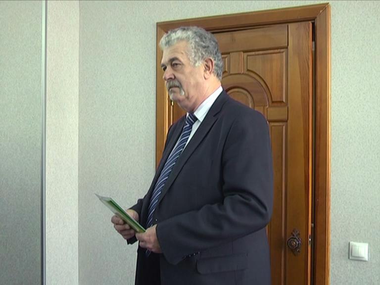 Видеосюжет «ЮТИ ТПУ поздравляет своего юбиляра».