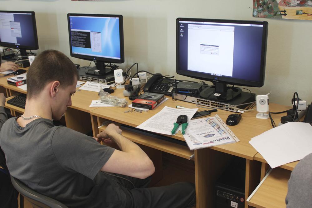 ЮТИ ТПУ на Международной олимпиаде «Основы сетевых технологий».