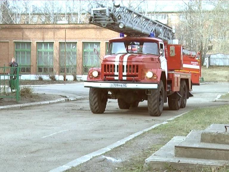 Видеосюжет от 24.04.14 г. «Пожарные учения в школе №14».