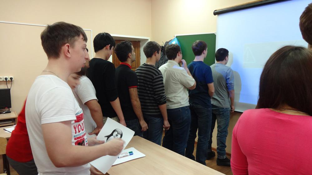 Студентов кафедры Информационных систем стало больше.