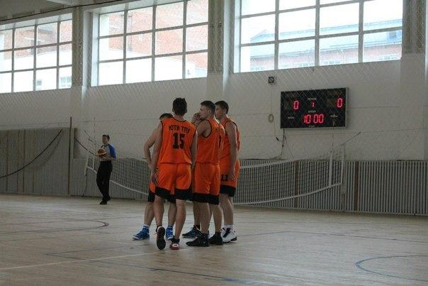 Сборная ЮТИ ТПУ по баскетболу пробились в плейофф чемпионата АСБ