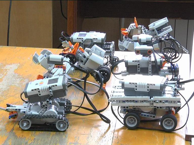 Видеосюжет от 20.05.15 г. «Школа робототехники в ЮТИ ТПУ».