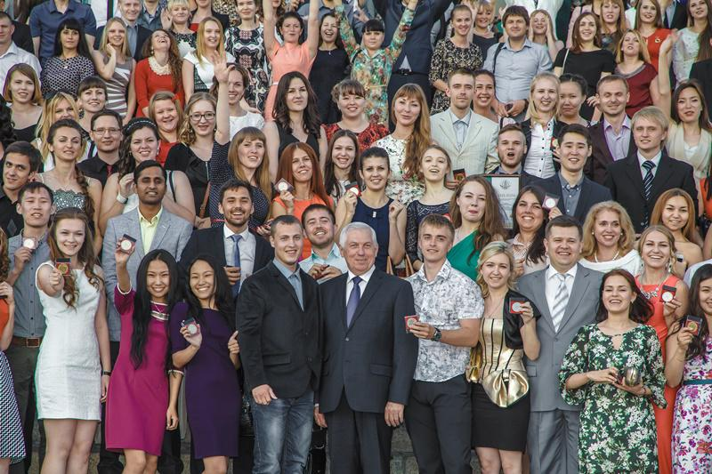 Ректорский прием в честь  выпускников, отличников учебы Национал