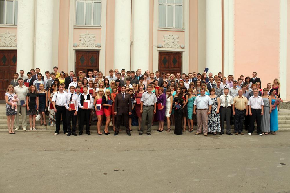 256 выпускников Юргинского технологического института получили д