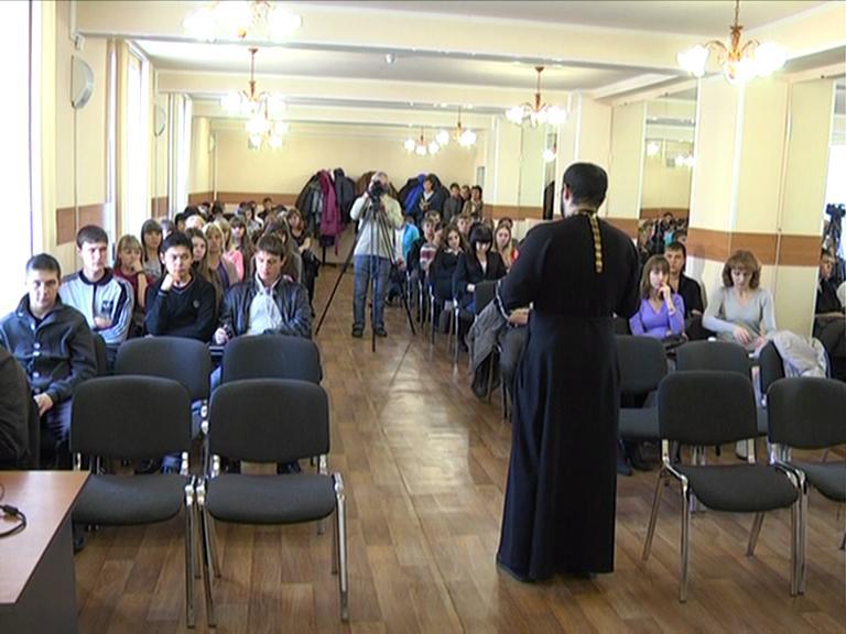 Видеосюжет от 01.11.12 г. «Встреча студентов ЮТИ ТПУ со священни