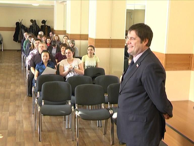 Видеосюжет от 07.02.13 г. «День науки в ЮТИ ТПУ».