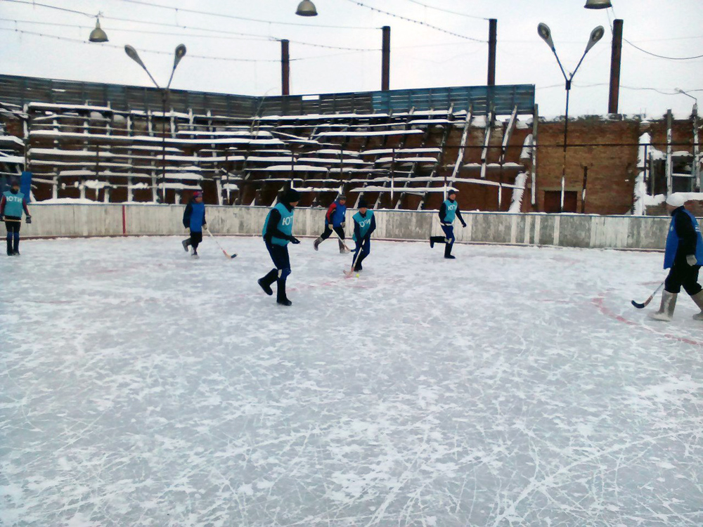 Команда ЮТИ ТПУ - чемпион открытого Чемпионата города по хоккею
