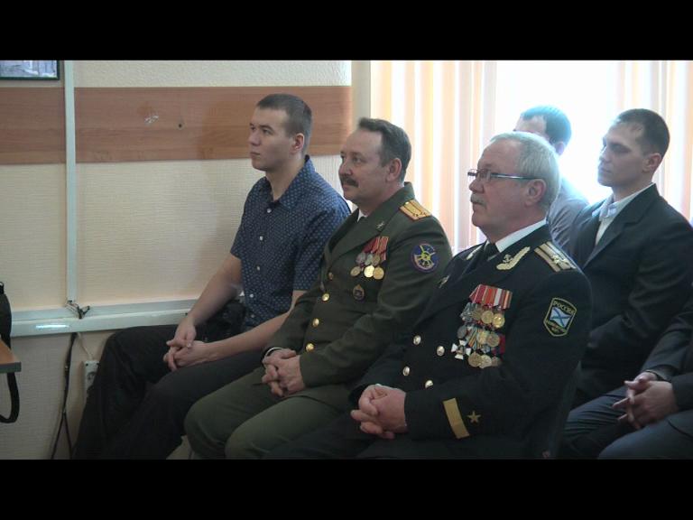 Видеосюжет от 07.04.16 г. «Вручение погон  выпускникам  военной