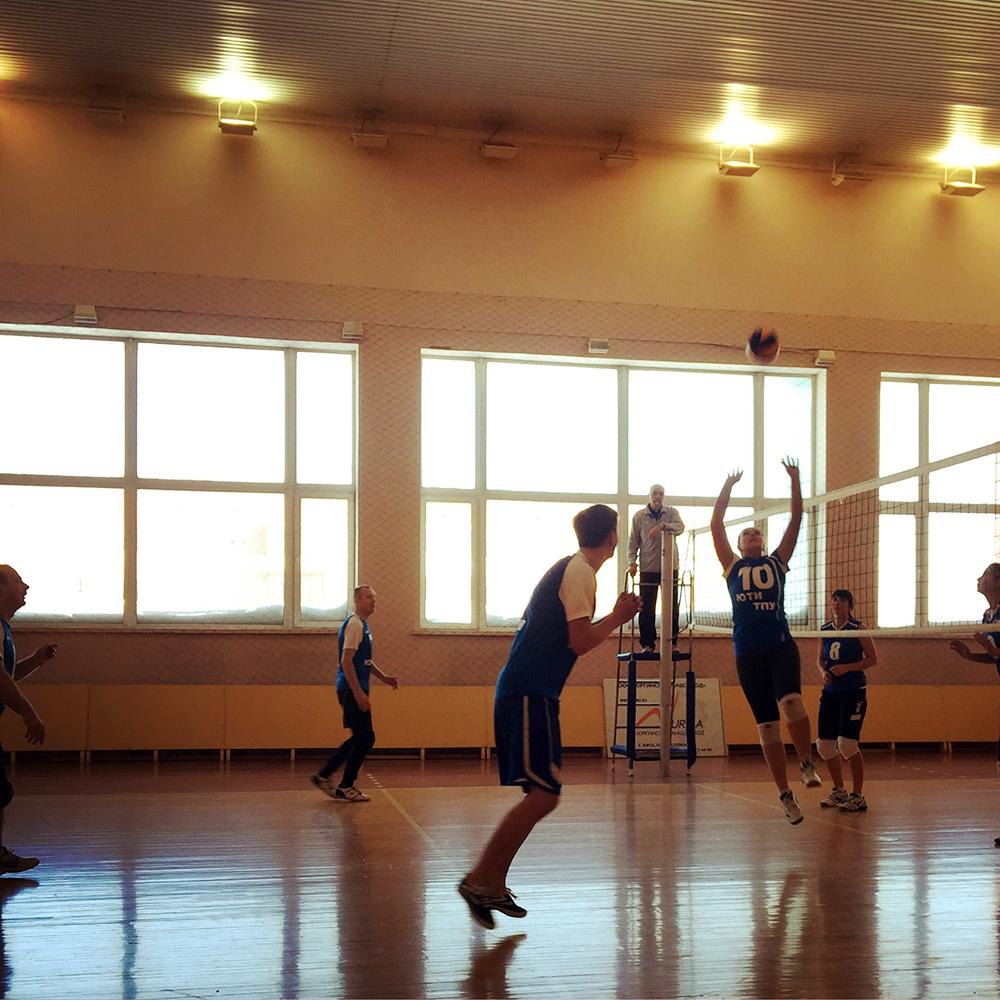 Команда ЮТИ ТПУ приняла участие в городских соревнованиях по вол