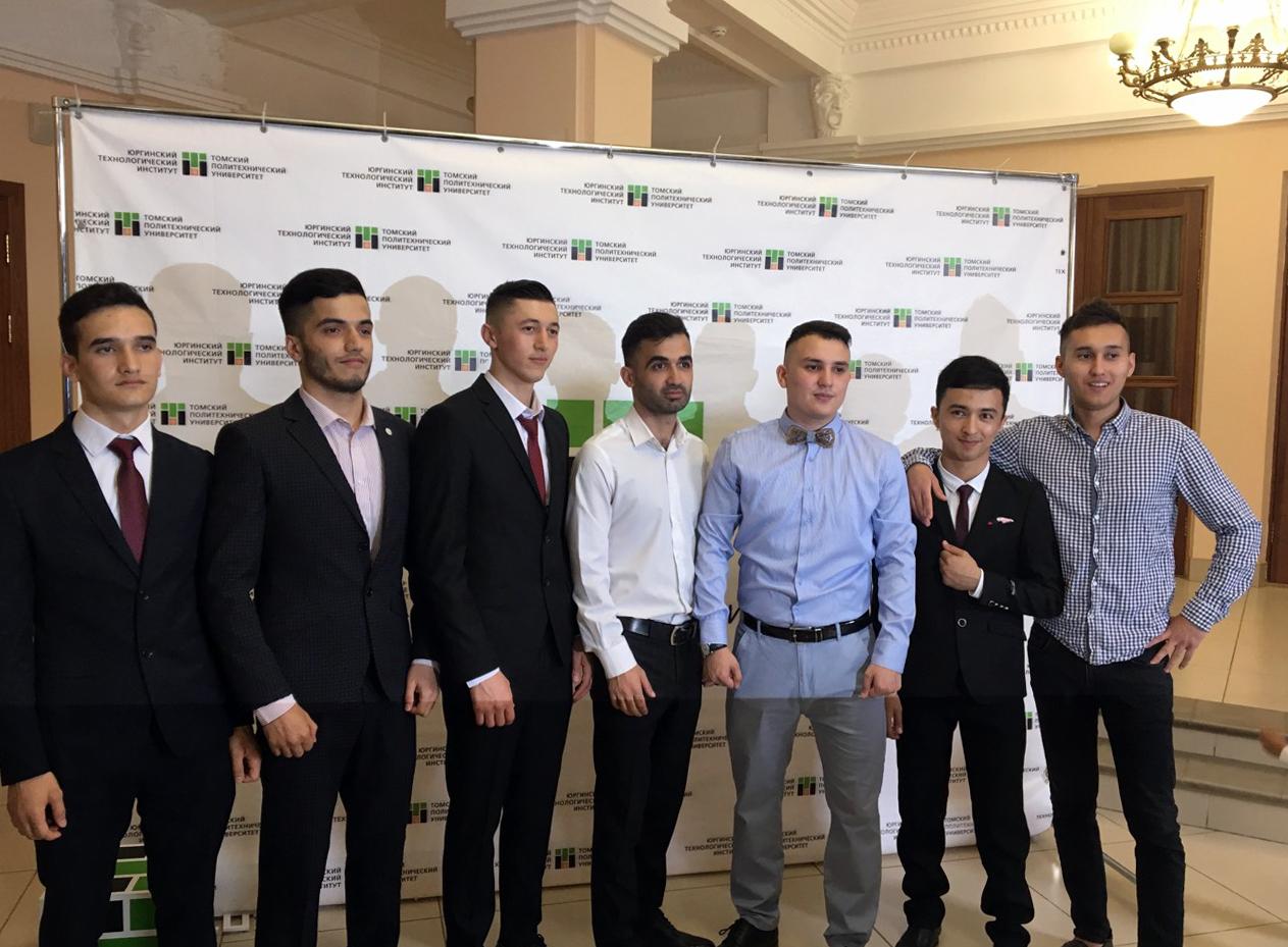Первый выпуск студентов из Республики Таджикистан