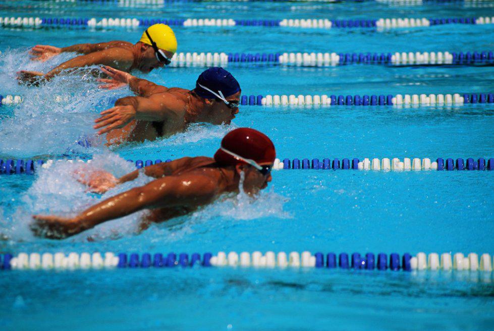 Приглашаем принять участие в соревнованиях по плаванию среди сту