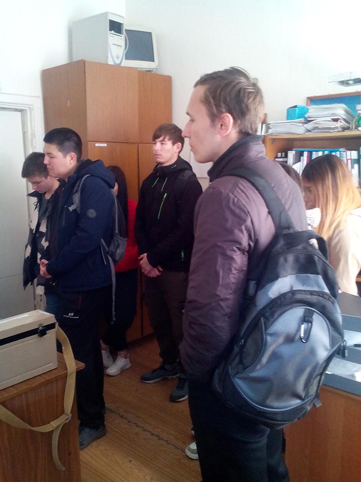 Студенты ЮТИ ТПУ побывали на экскурсии в Центре гигиены и эпидем