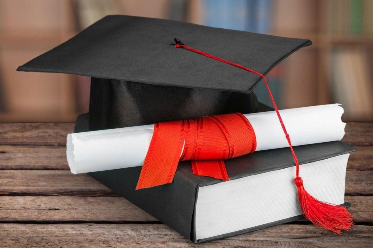 Успешная защита кандидатской диссертации старшего преподавателя